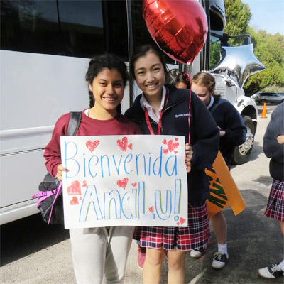 Ursuline academy of Dallas students welcome in Peru.
